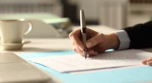 Odręczne pisanie lepiej pomaga w zapamiętywaniu