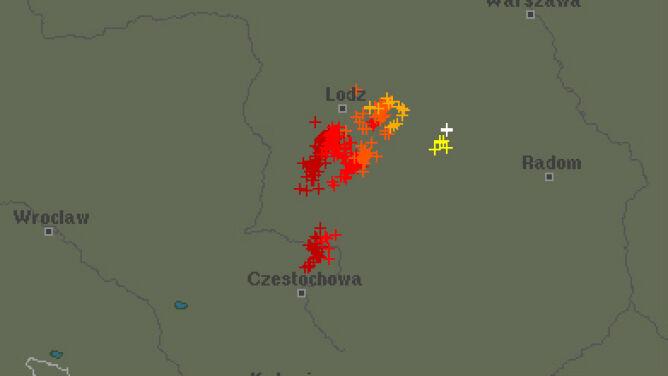 Powolna wędrówka burz przez Polskę